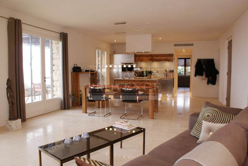 Fully equiped house for rent in Luberon